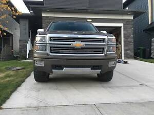 2014 Chevrolet Silverado 1500 High Country Pickup Truck