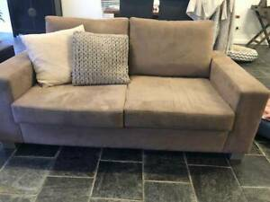 macro suede 2.1/2 seater couch