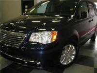 2014 Chrysler Town & Country Touring ONLY $120 BI-WEEKLY***