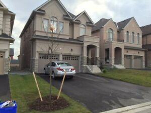 Executive home in Richmond Hill. Main and Upper Floors