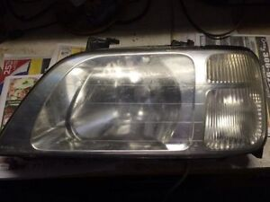 Honda CRV head light