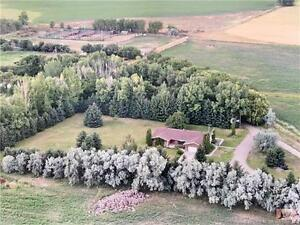FOR SALE: 2500 sqft Sprawling Bung near city limits on 72 acres