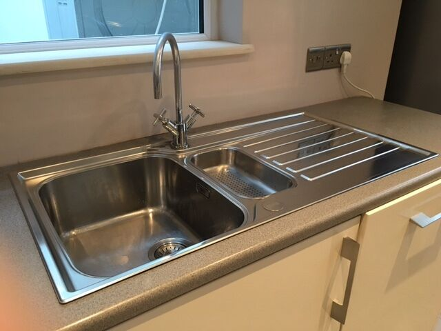 FRANKE ASCONA ASX651 1.5 BOWL STAINLESS STEEL SINK WITH TAP in ...