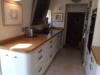 Beautiful Cooke & Lewis Chesterton fitted solid oak painted kitchen