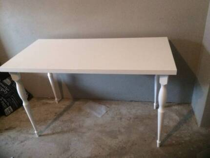 Bedroom table/desk and Chair