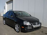 2008 Volkswagon JETTA 2.0L GAS 6SP Leather Sunroof! Contact Ryan