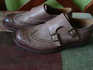 MEN'S GBX LEATHER SHOES SIZE 9.5/42 1/2 ''NEW'' West Island Greater Montréal image 5