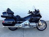 2007 HONDA GOLD WING GL1800 - EXCELLENT CONDITION - EXTRAS