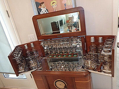 Philco Radio Bar & Original Glassware 1937