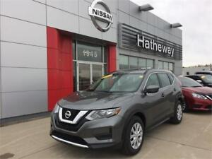 2017 Nissan Rogue S FWD*** up tp 4100$ in rebates****