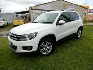 2012 Volkswagen Tiguan 5N MY12.5 132TSI Tiptronic 4MOTION Pacific White 6 Speed Sports Automatic Moorabbin Kingston Area Preview