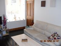 1-bedroom, main door flat – Brunswick Road (Letih, off Easter Road)