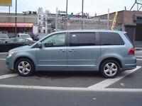 Volkswagen Routan Touran 2009