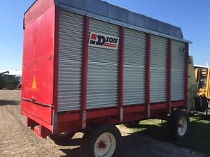 Dion N10R Forage Box on Horst Wagon London Ontario image 3