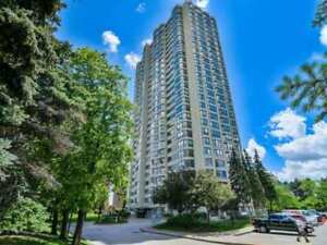 Spectacular Corner Unit With Panoramic Views. Bright And Spaciou