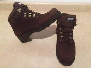 Women's Dry-Ice Waterproof Winter Boots Size 8 London Ontario image 2