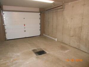 5 1/2 avec garage ! Secteur tranquille! Saint-Hyacinthe Québec image 7