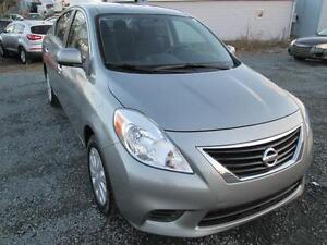 2012 Nissan Versa 1.6 SV Automatic sedan/Loaded