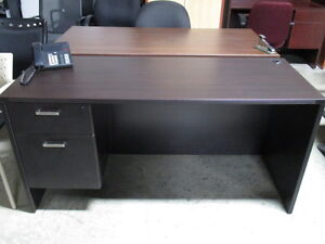 Small Desks Great For Home Peterborough Peterborough Area image 3