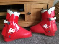 Nordica N600 Mens Red Ski Boots 330mm