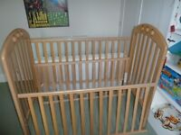 Baby Wooden Cot: Mamas and Papas 'Amelia' in Beech