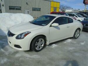 2012 NISSAN ALTIMA COUPE, CUIR, TOIT, CAMERA, $6995