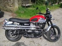 Triumph Scrambler. red and silver, Low dry mileage.