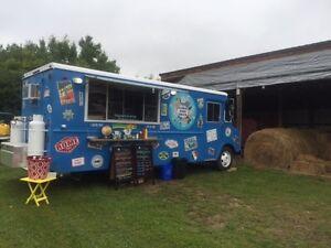 Food Truck / Restaurant on Wheels
