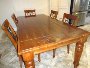 Solid Wood Kitchen Table with Five Chairs