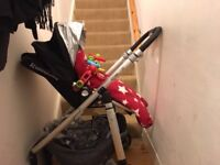 UPPABABY CRUZ PRAM AND CARRYCOT FOR SALE