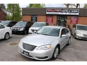 2011 Chrysler 200 LX  ONE Owner - Accident Free