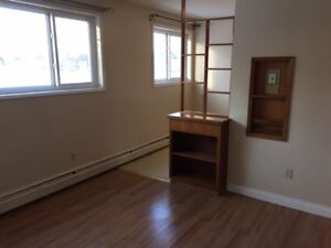 Beautiful 1 bedroom suite in Westmount for only 725.00 per month
