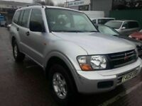 MITSUBISHI SHOGON 3.2D4D AUTOMATIC SUV 4WD 7 SEATER DIESEL