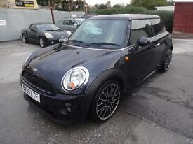 BMW MINI COOPER 1.6 CHILI~09/2009~FACELIFT~6 SPEED~68k~LOTS of HISTORY~BLACK