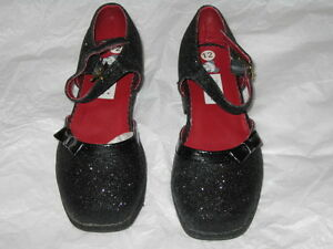 Girl's Shoes - Size 12 (New)