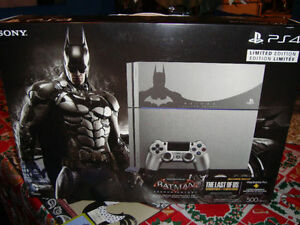 PS4 LIMITED EDITION SILVER BATMAN ARKHAM KNIGHT BRAND NEW