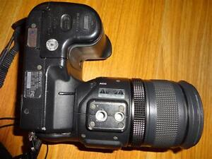 2 Sony DSC F828 digital cameras