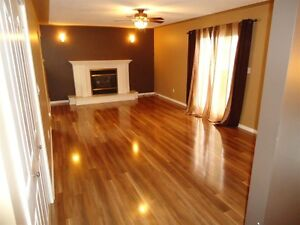 4 Bed 4 Bath Townhouse in a Great Area Prince George British Columbia image 2