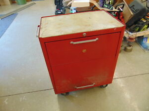 BEACH TOOL BOX ON WHEELS WITH CONTENTS