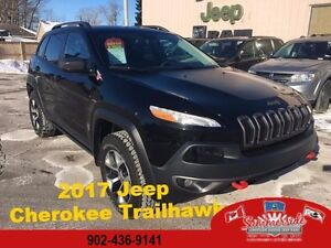 2017 Jeep Cherokee Trailhawk Leather Plus Double Sunroof 4X4