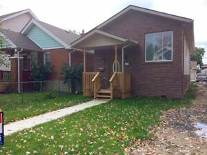 LOW MAINTENANCE BETTER THEN TOWNHOUSE 7 MO R/RANCH Windsor Region Ontario image 11