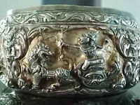 ASIAN ARTS Jade, antique silver, carved wood, natural stone etc.