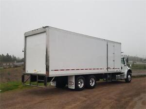 2018 Freightliner M2 106 with Box