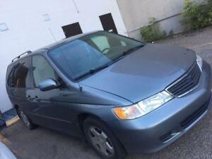 **** 2000 Honda Odyssey Minivan ****