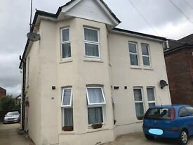 STUDENTS! Dbl Room To Rent In A Beautiful Spacious House -Share With Lovely Mature Lady (often away)