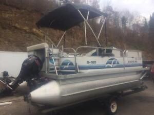 ***NEW ARRIVAL*** 2006 18' SUN PARTY 18' PONTOON WITH 4 STROKE Peterborough Peterborough Area image 4
