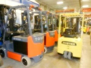 plusieurs Toyota en inventaire many forklifts in stock