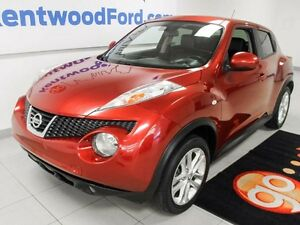 2014 Nissan Juke SL , AWD with  NAV, LEATHER, ROOF!!!