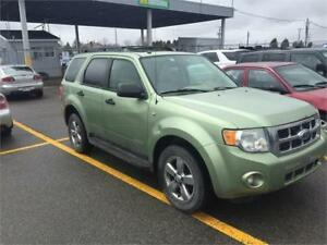 Ford Escape 2008 4x4 $1495 carte de credit accept 514-793-0833