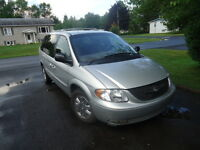 2001 Chrysler Town & Country Fourgonnette, fourgon